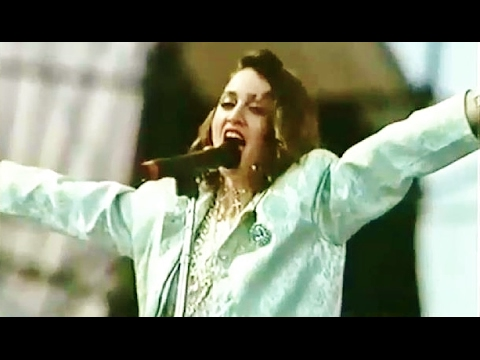 Madonna - Live Performance - Live Aid Concert - 1985 - Love Makes The World Go Round