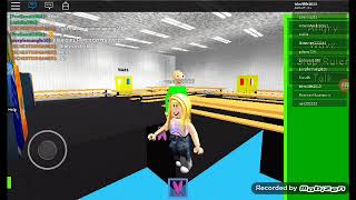Challenger playing toy play noise basics in Roblox part 1