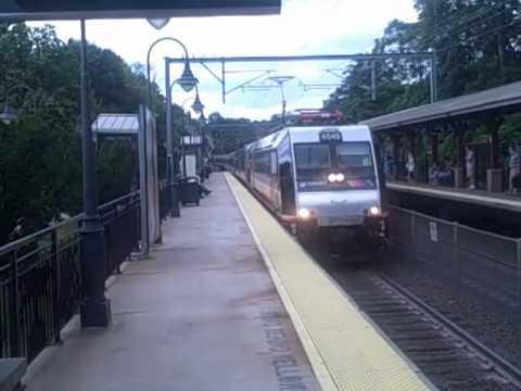 07/15/11 NJT NJCL 3251 arriving Middletown