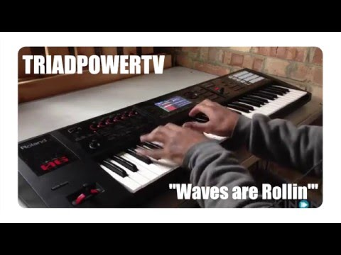 Trap-esque Live Looping with The Roland FA-06 Workstation 5 of 10