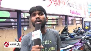 Thodari Dhanush Fans Celebrated Thodari First Day First Show