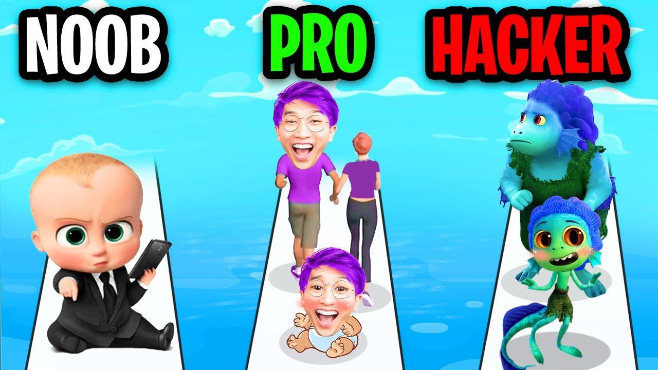 NOOB vs PRO vs HACKER In FAMILY RUN 3D!? (ALL LEVELS!)