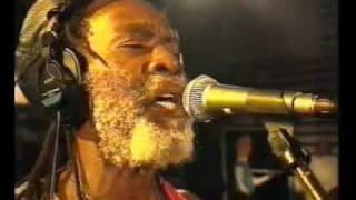Burning Spear 2 meter sessies 1997 Marcus Garvey