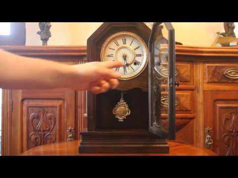 Antique American Waterbury Clock Company Oak Mantel Clock