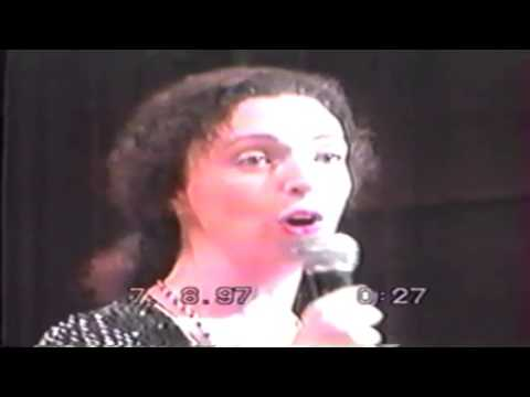 ARCHIVES -  French Opera singer 10 1997