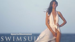 Bianca Balti's Wadrobe Malfunction| CANDIDS | Sports Illustrated Swimsuit