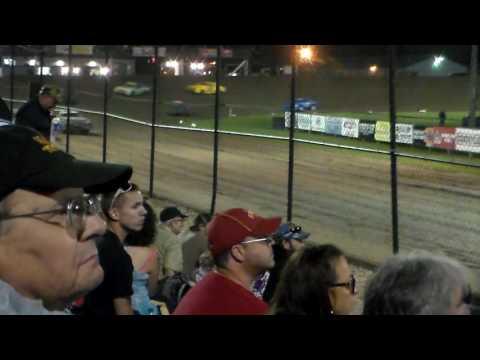 Hobby Stock Amain @ Marshalltown Speedway 09/02/16