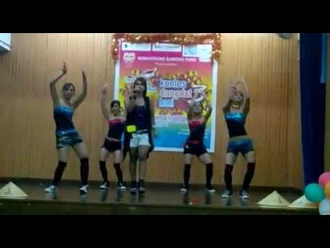 ABG TUA Juztien Show in Hong Kong Vs Street Dancer mp4   YouTube