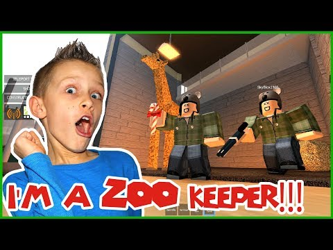I'm a ZOO Keeper!!! How it is Owning a ZOO in Roblox...