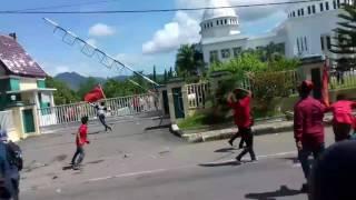 Download Video Aksi LMND kota Bima 9 Des 2016 MP3 3GP MP4