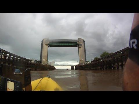 Through Hull on the river Hull