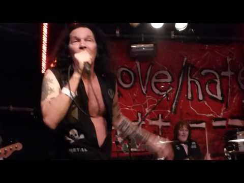 Jizzy Pearl's Love / Hate @ Live Rooms, Chester, UK 09/03/2017