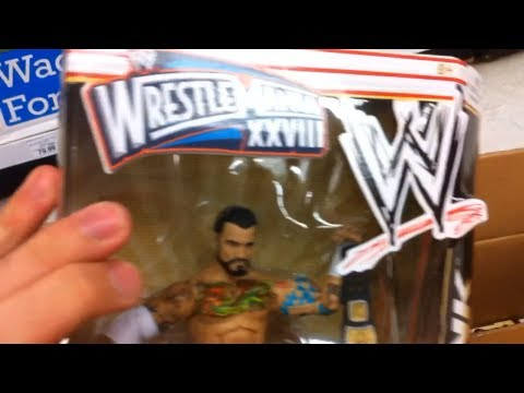 WWE ACTION INSIDER: TOYSRUS WM28 BOPPV Elite Figure Aisle Mattel