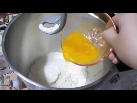 صورة  طريقة عمل البيتزا سرعجينه البيتزا الهشه مثل الاسبونج مطبخ ساسى طريقة عمل البيتزا بالفراخ من يوتيوب