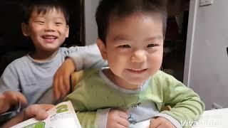 잠자기 전 읽기 좋은 아기동화책 추천- '달님안녕' 네살짜리 셋째아들과...