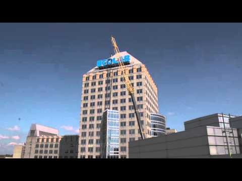Ecolab Sign Installation on New Global Headquarters Building