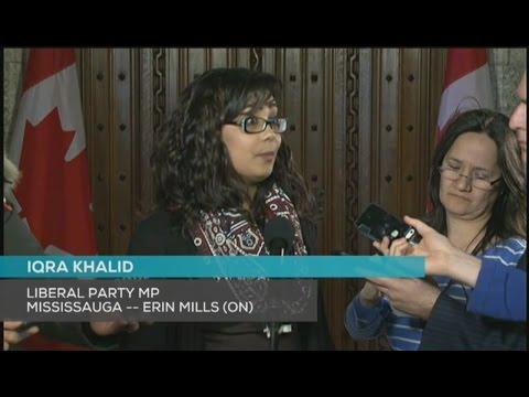 Reporters Force M-103 Iqra Khalid To Answer The Question