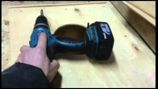 Как вырезать круглое отверстие в фанере