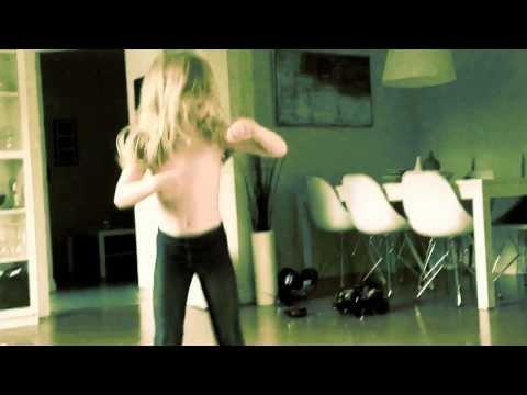 Slipknot, dancing, 7 year old Norwegian girl dancing like crazy