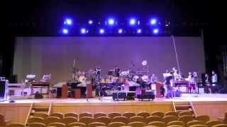 2013年 カワイ音楽教室広島事務所 講師コンサート舞台裏の様子です。 搬...