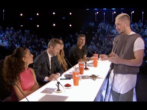 High Tech Magician Tom Can Read Judges' Minds and Travel Around The World | Judge Cut | America's Go