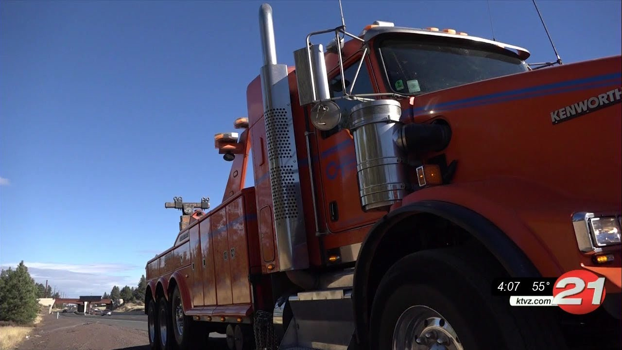 Central Oregon tow truck drivers deal with close calls on the highways