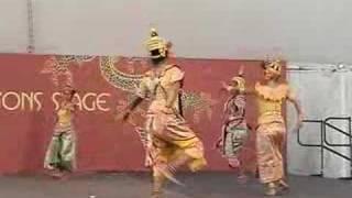 """Somapa Thai Dance Company: """"Rum Sat Chatri"""""""