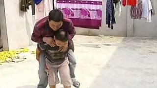 ילד בסין מגלה כוחות על