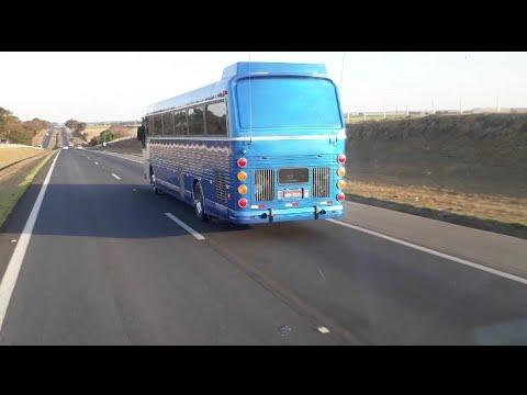 ônibus flecha azul apavorando na Rodovia anhanguera...dei conta não!