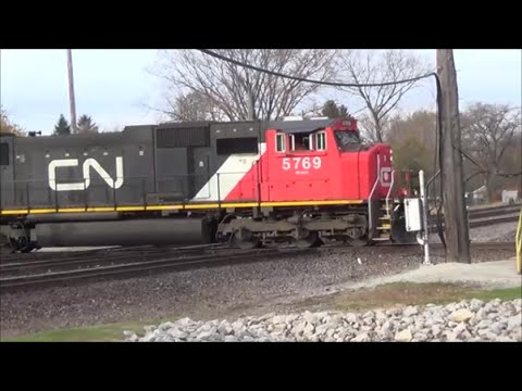 Railfanning West Chicago 11-9-14 - Triple Diamonds