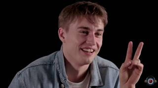 Gambar cover Sam Fender being random for 13 minutes straight