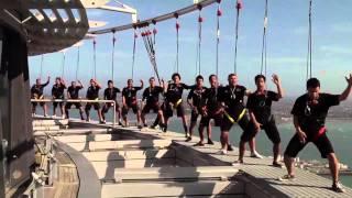 SkyWalk - Flash Mob Haka