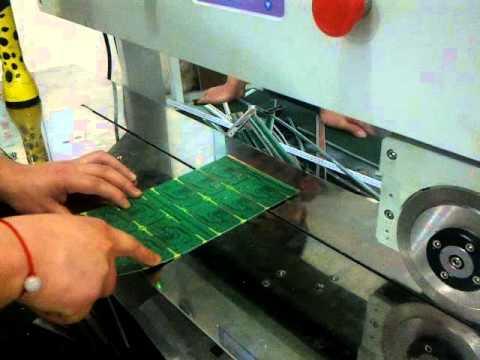 Automatic V Cut Pcb Separator Machine Cwv 1a600 Youtube