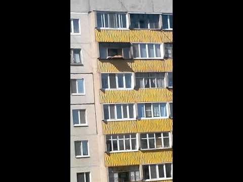 Порномамочки загорают в купальниках бикини-фото