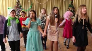 Анастасія Барбэ і 5''B'' клас - Новорічні іграшки