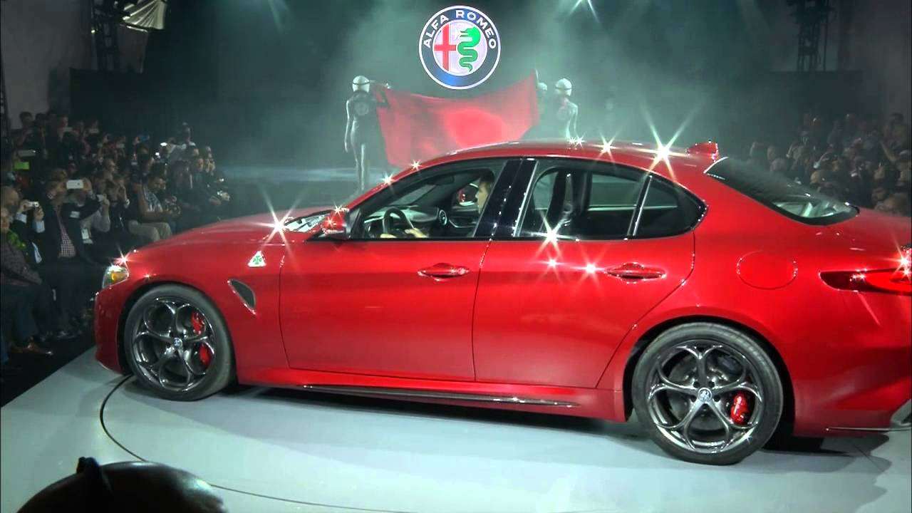 Alfa Romeo Giulia Quadrifoglio North American Reveal 2017 Los Angeles Auto Show Usa You