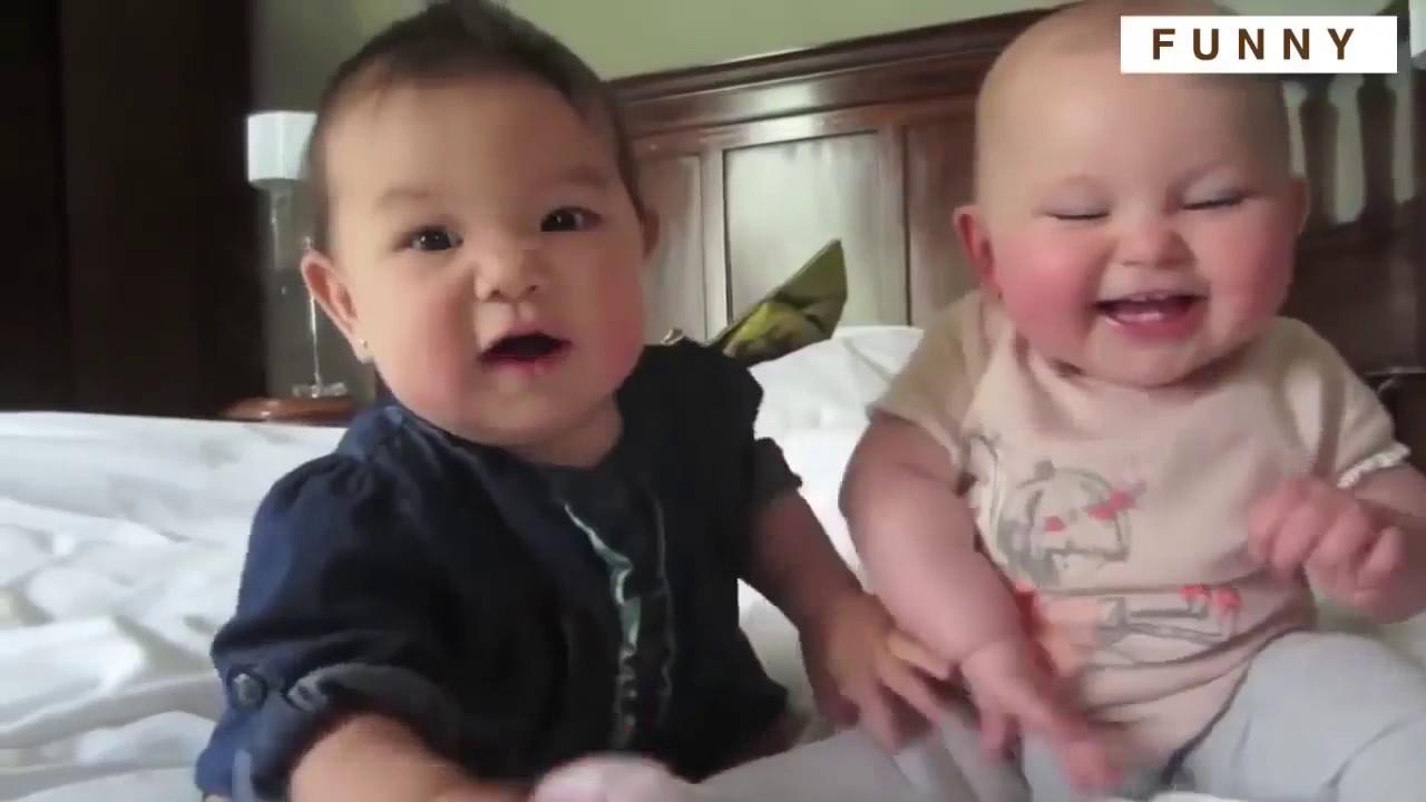 مقالب للأطفال رائعة و مضحكة  Humorous Child Video HD