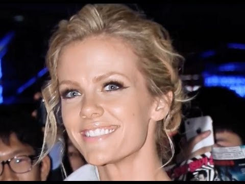 Brooklyn Decker REVEALS (Almost) All for the Battleship Premiere in South Korea!