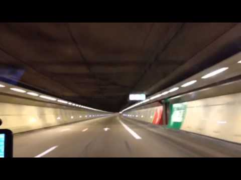 tunnel sous la manche en voiture youtube. Black Bedroom Furniture Sets. Home Design Ideas
