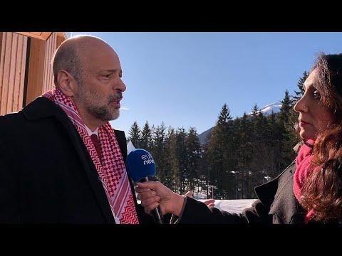 رئيس الوزراء الأردني ليورونيوز: ما يلقاه الأردن من دعم عالمي لمواجهة أزمة اللاجئين لا يكفي…  - 18:59-2020 / 1 / 23