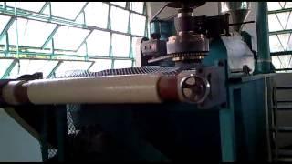 Máy làm lưới nhựa ( Lưới Rào Nhựa, lưới chăn nuôi )
