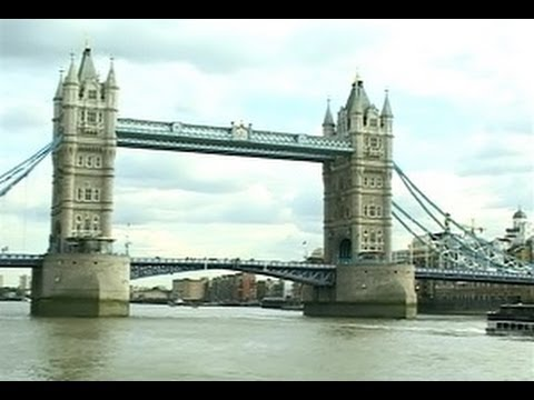 England:  Cruising the River Thames