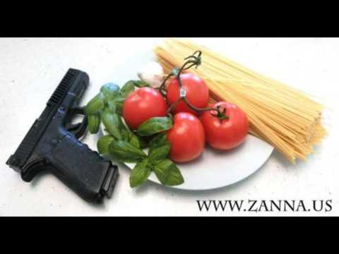 Italian Recipe: Spaghetti tomato and basil with Luca Zanna