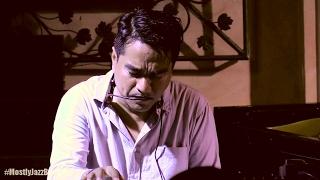 Indra Lesmana & Friends ft. Angga (Maliq) - Sampai Kapan @ Mostly Jazz in Bali 22/01/2017 [HD]