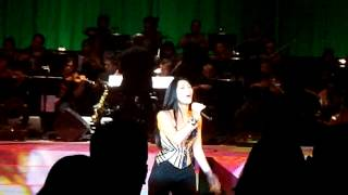 Download Video Rolling in the Deep (Cover by Anggun).MP4 MP3 3GP MP4