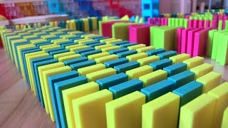 SPECTACULAR SCREENLINK 25,000 dominoes! With 101gabed