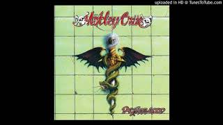 Watch Motley Crue She Goes Down video