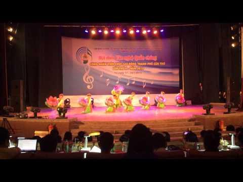 14 Múa Những cô gái Việt Nam