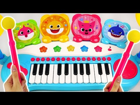 The baby shark plays the Singing Pinkfong Piano! plays the drum and sings happily! #PinkyPopTOY