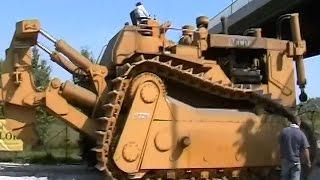 The 150-tonne super bulldozer lying dormant in Italy  Extraordinary Engineering